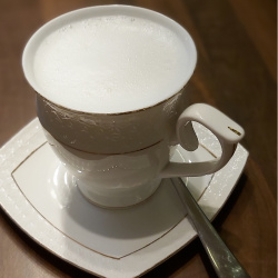 Kava Latė dvigubas.