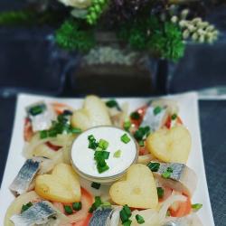 Silkutė su bulvėmis ir kastiniu
