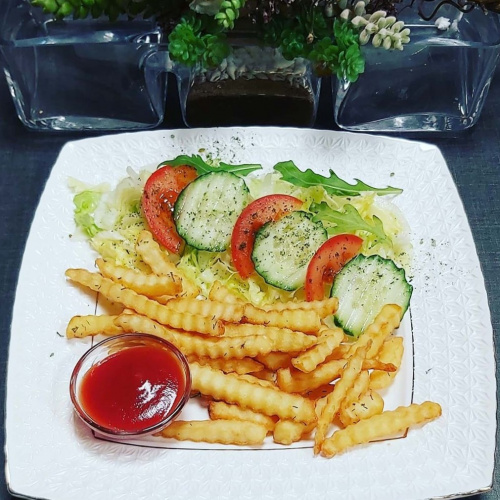 French fries with vegetables